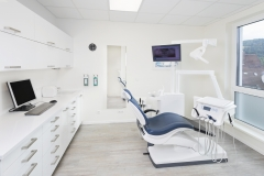 Dr_Pawolka_Behandlungsraum_098